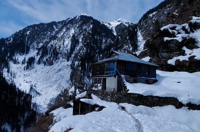 Manali-City-Himachal-Tourist-Places