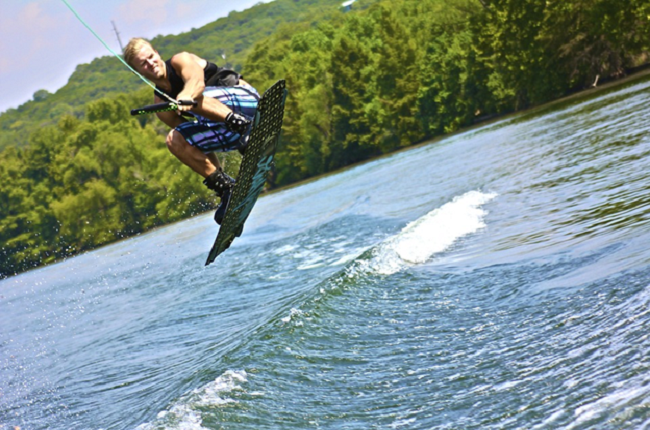 choosing a wakeboard - Adventure Sports