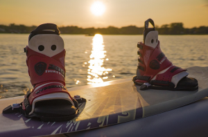 wakeboard shoes - Himachal Tourist Places